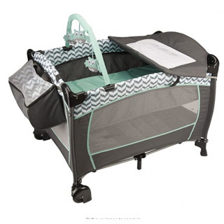 CORRAL PORTABLE BABY SUITE DELUXE SPEAMINT SPREE.